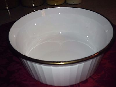 CORNING WARE FRENCH WHITE 2.5L with GOLD Trim F-1-8 SOUFFLE, no chips or cracks