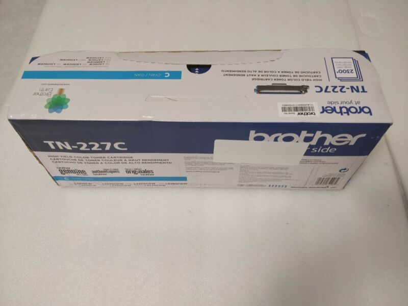 Brother - TN-227C High-Yield Toner Cartridge - Cyan - Slight Distressed box