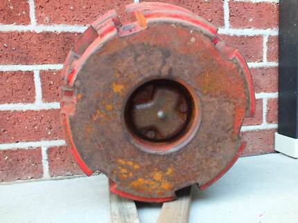 MASSEY FERGUSON FRONT WHEEL CENTRE COUNTER WEIGHT Grafton Clarence Valley Preview