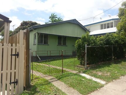 CHILLED OUT HOUSEMATE NEEDED ASAP! Toowong Brisbane North West Preview
