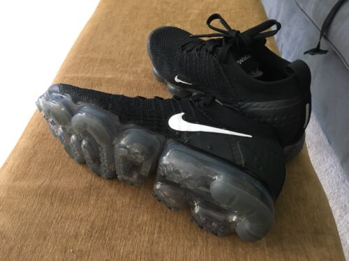 Nike Air Max Vapormax Black White Flyknit Grey 2018 Mens Size 9.5 Really Nice