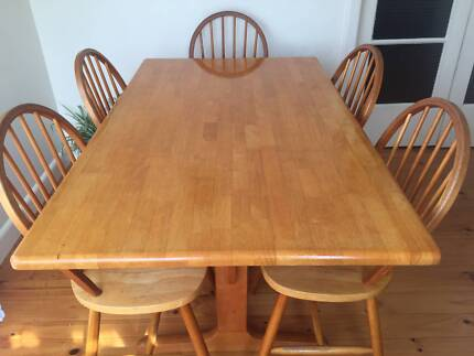 SOLID WOODEN DINING TABLE AND CHAIRS FOR SALE