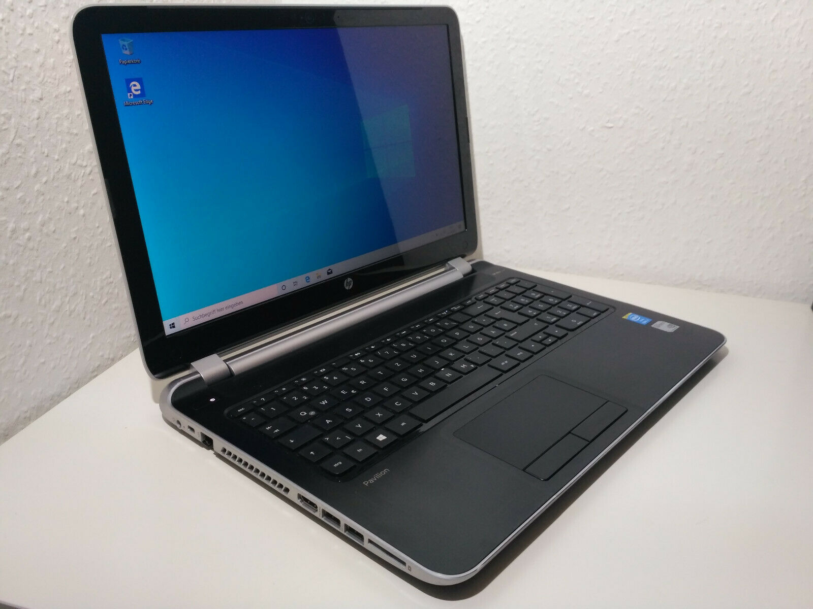 HP Pavilion 15-N021SG Laptop 15,6 Zoll HD i7-4500U, GF 740M, Windows 10 Notebook