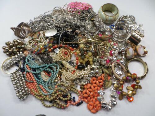 Costume Fashion Jewelry Wearable Necklace & Bracelet Lot 8.5 lbs