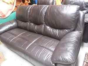 3 piece leather lounge suite Banks Tuggeranong Preview