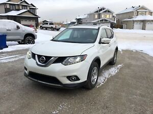 2014 Nissan Rogue SL fully LOADED
