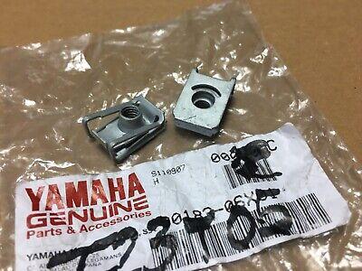 Yamaha 90183-06X01 (X2) écrou ressort à clipser carosserie YP125R YP250R XMax segunda mano  Embacar hacia Spain