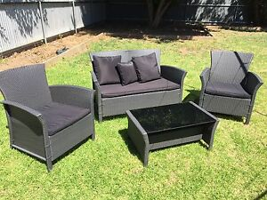 Brand New Outdoor Wicker Lounge with Table Marion Marion Area Preview