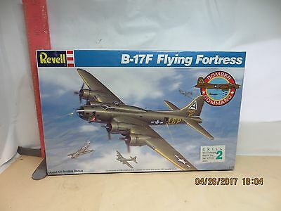 REVELL BOMBER COMMAND B-17D FLYING FORTRESS - WWII BOMBER , NEW IN WRAPPER -
