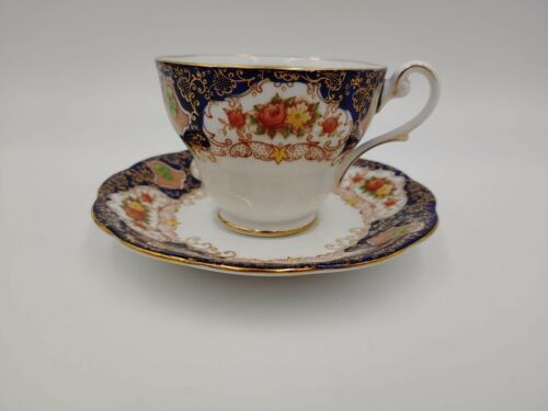 Royal Standard Fine Bone China Tea Cup & Saucer, England, Flowers, Blue, Gold