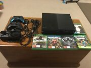XBOX ONE 500gb, 2 controllers, 5 Games.  Molendinar Gold Coast City Preview