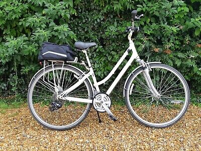 """GIANT/LIV CYPRESS LADIES BIKE 17"""" FRAME 21 GEAR SERVICED EXCELLENT CONDITION"""