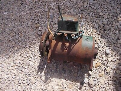 Oliver Tractor 6v Core Non Work Generator Good Belt Drive Pulley