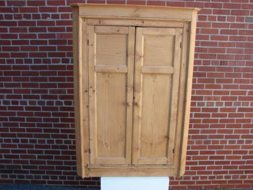 VINTAGE ENGLISH PINE HANGING CORNER CUPBOARD CABINET BUTTERFLY SHELVES