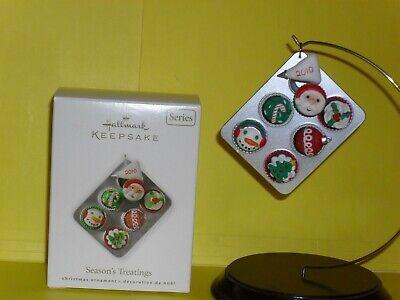 2010 Hallmark Season's Treatings 2nd in Series Bakery Christmas Cupcakes MIB