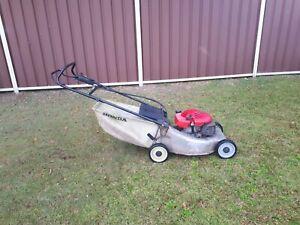Honda Self Propelled Commercial Lawnmower