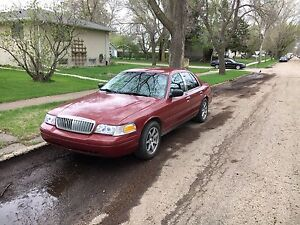 2007 Ford Crown Victoria Lx !HAVE TO GO!