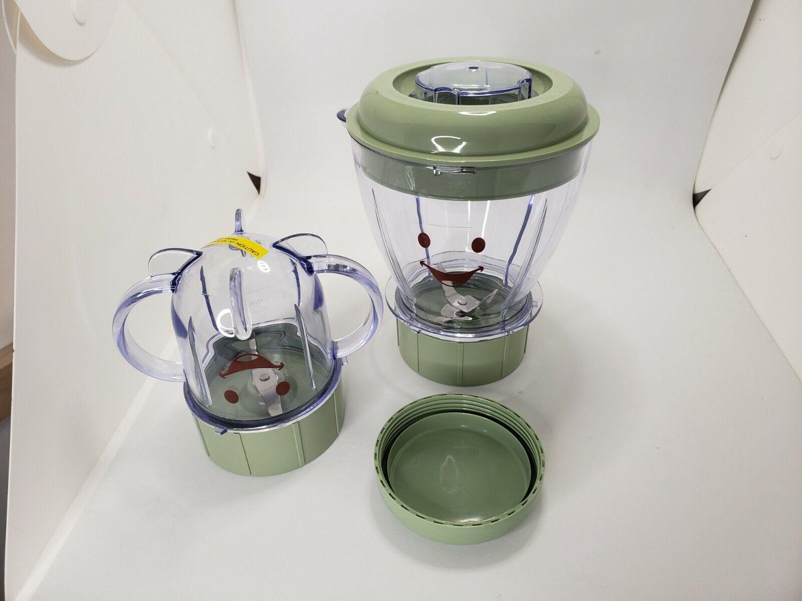 Baby Bullet 6 Pieces Milling 2 Blades 2 Lids 2 Cups Food Preparing Blender - $12.99