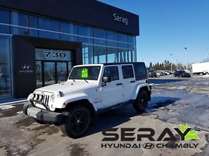 2014 Jeep Wrangler Unlimited Sahara, 4x4, nav, bluetooth, a/c,