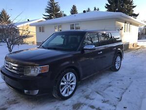 2011 Ford Flex Limited ecoboost. Fully loaded