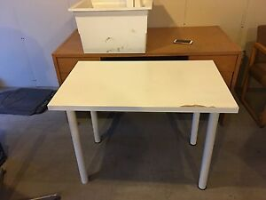 Free desk and chairs for pick up Edmonton Edmonton Area image 3