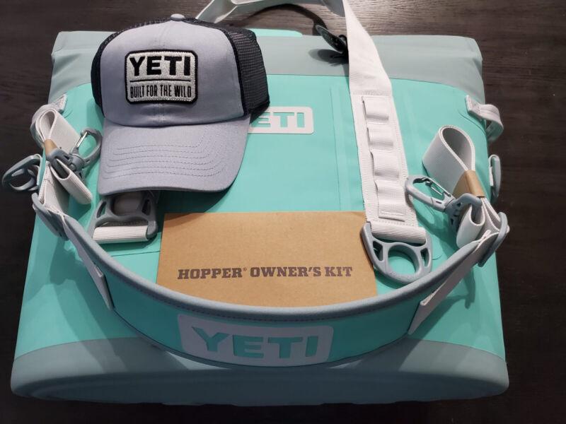 New YETI Hopper M30 Soft Cooler Aquifer Blue Model GS6148-1 With Yeti Hat