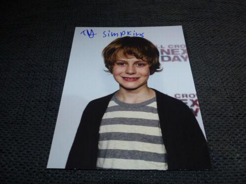 TY SIMPKINS signed Autogramm auf 20x25 cm Foto InPerson LOOK