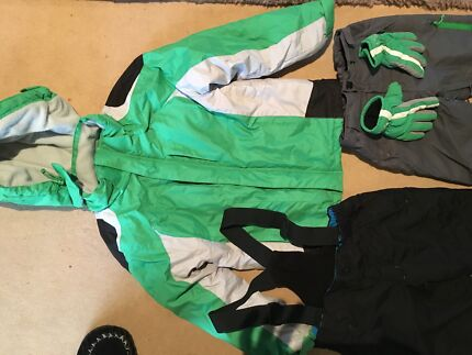 Ski clothes for 8-10 year old boy or girl.  Excellent condition.