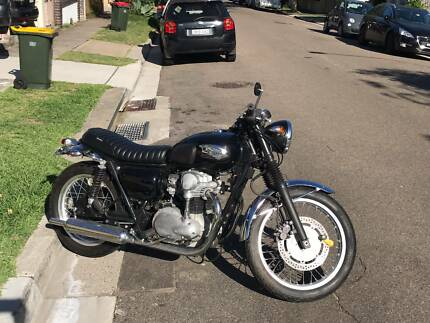 2008 Kawasaki W400 Motorbike (Cafe Racer style) LAMS Learner Approves