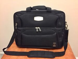 "Travelpro For Leeds Deluxe 15"" Laptop Case"