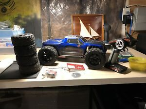Redcat Racing Blackout Pro XTE Brushless 4x4 1/10th Scale