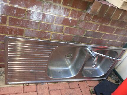 Kitchen sinks East Victoria Park Victoria Park Area Preview