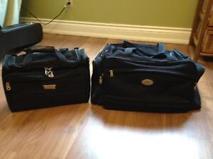LUGGAGE - Carry On Bags