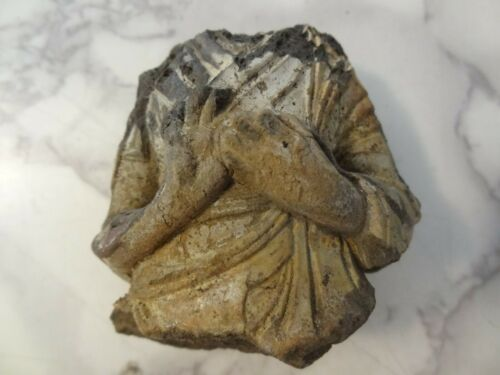 ANTIQUE TIBETAN BUDDHIST HAND MADE CLAY STATUE FRAGMENT