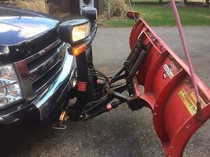 7'6 Boss Plow with bracket and wiring