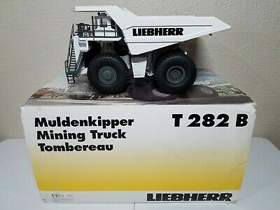 Liebherr T282B Mining Haul Truck White by Conrad 1:50 Scale Model 2727/0