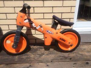 Vélo sans pédale KTM
