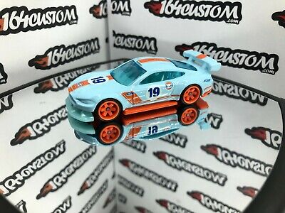 Hot Wheels Custom '18 Ford Mustang GT -  Custom Built with Real Riders