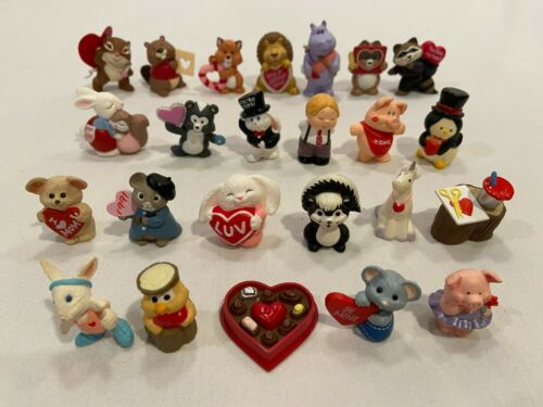 Lot of 24 Different Hallmark Valentine