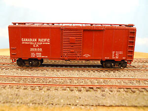 HO-SCALE-KAR-LINE-CANADIAN-PACIFIC-CP-269100-40-BOX-CAR-RTR