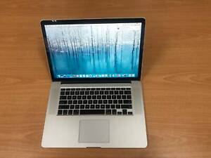 """Macbook Pro 15"""" with i7 QUAD-2.3 Ghz /16 gb ram /Adobe and Office soft"""