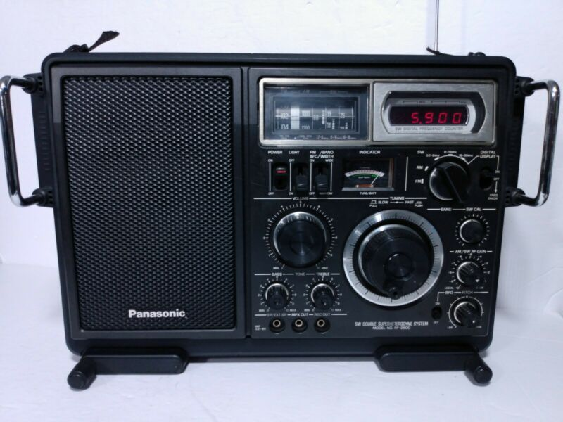 Panasonic RF-2800 SW Double Superheterodyne System Radio Excellent Condition!