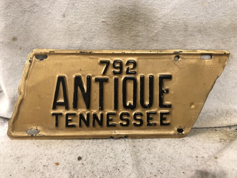 Vintage Tennessee Antique License Plate (Repaint) Side Cut