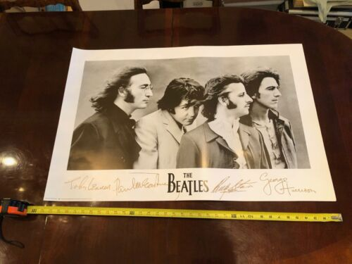 Vintage 1991 THE BEATLES Apple Poster 24x36 poster Signed lithograph band
