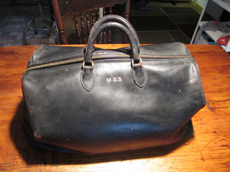 antique Dr.bag black leather small size Excellent condition doctor