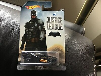 DC JUSTICE LEAGUE BATMAN STREET SHAKER DIE CAST HOT WHEELS CAR
