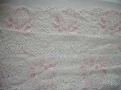 1,30m elastische Spitze champagner, rosa 18cm breit, MN31