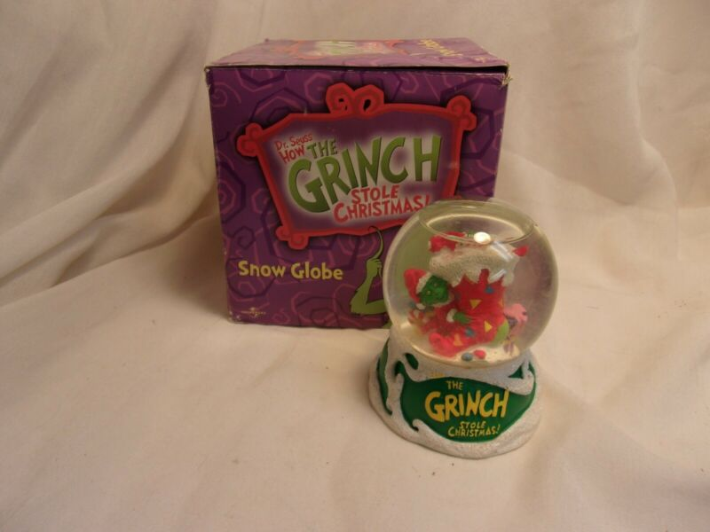 Snow Globe How the Grinch Stole Christmas 2001