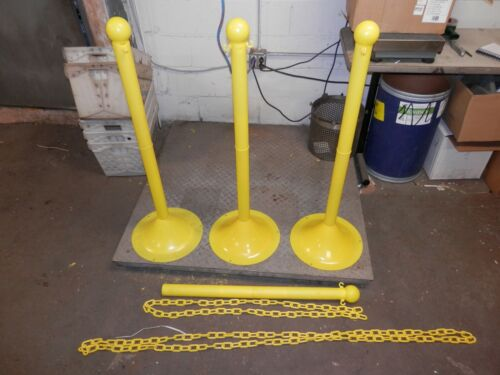"""NEW MR. CHAIN 41"""" STANCHION 93502 PLASTIC CROWD CONTROL SET OF 3 AND EXTRA PARTS"""