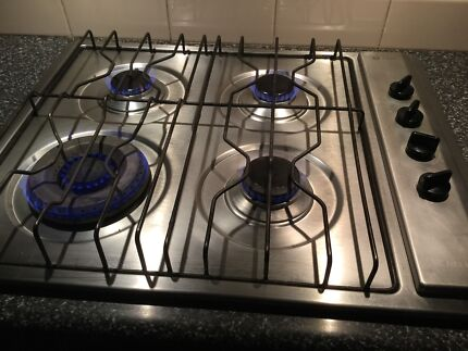 Chef S/S Gas Cooktop Model 121G, & Chef S/S Electric Classic Oven